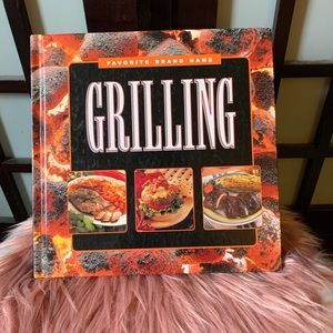 BRAND NEW 🥩GRILLING COOK BOOK